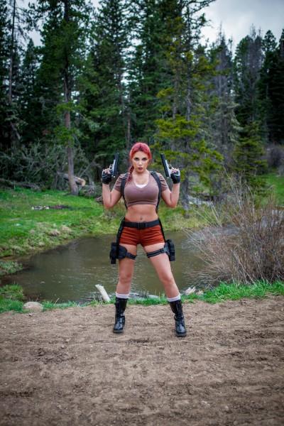 Lara Croft cosplay (Tomb Raider Legend)
