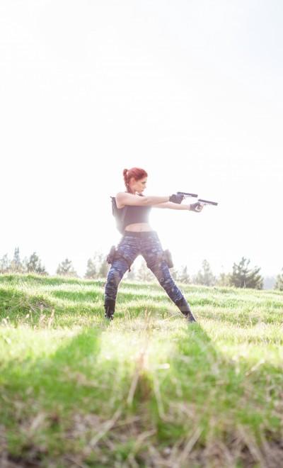 Lara Croft cosplay (Tomb Raider III Nevada outfit)